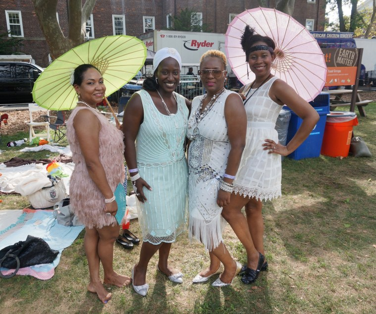 jazz age lawn party ladies