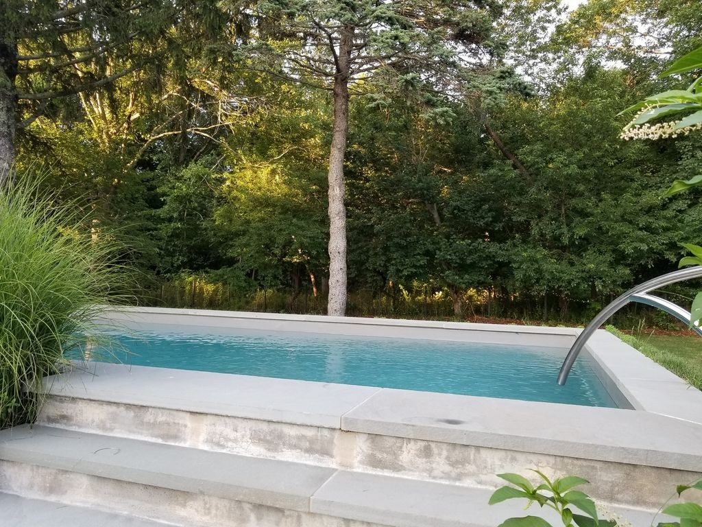 Pool And Jacuzzi Luxury Southampton 4br Pool And Jacuzzi Close To Beaches Town