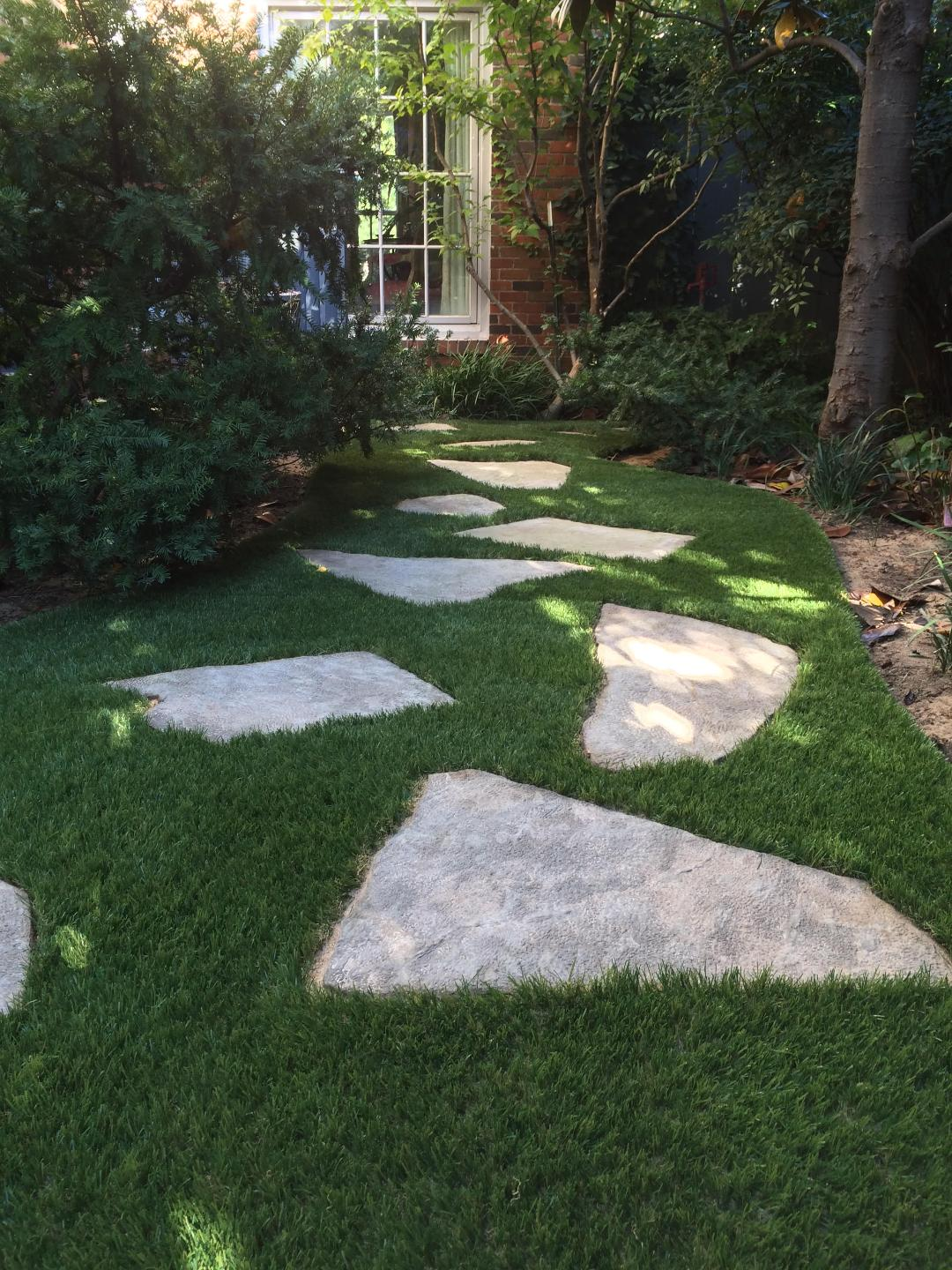 Buy Fake Grass Utilize A Fake Grass Yard For Your Outdoor Remodel
