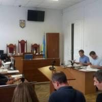 Продажні суди за хабарі відновили діяльність 9 банків-банкрутів