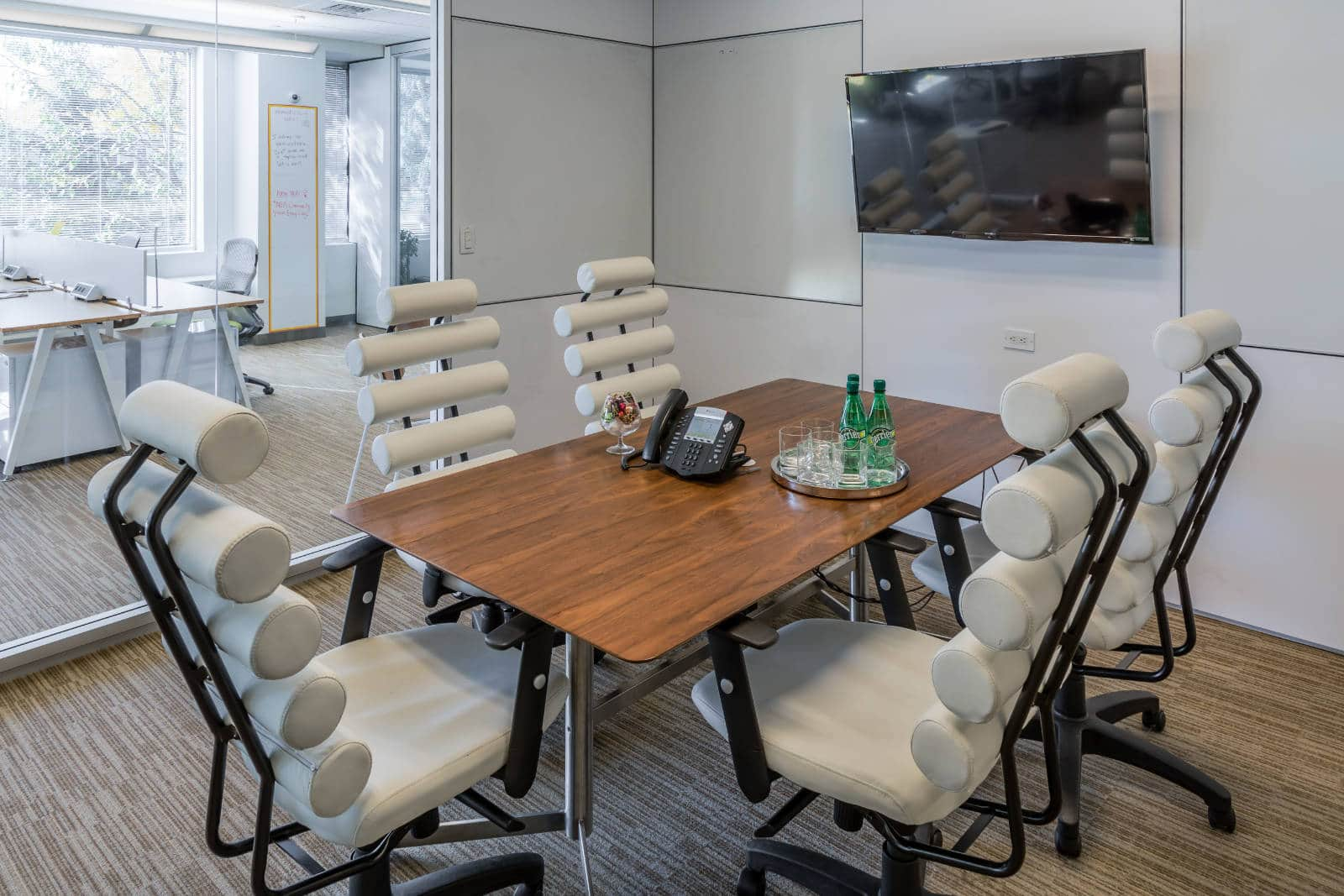 Meeting Room Tables Best Hourly Meeting Rooms In Cambridge Ngin Workplace