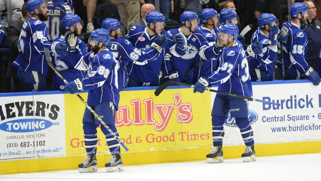 Crunch explode for 5-1 win in Game 5 to avoid elimination