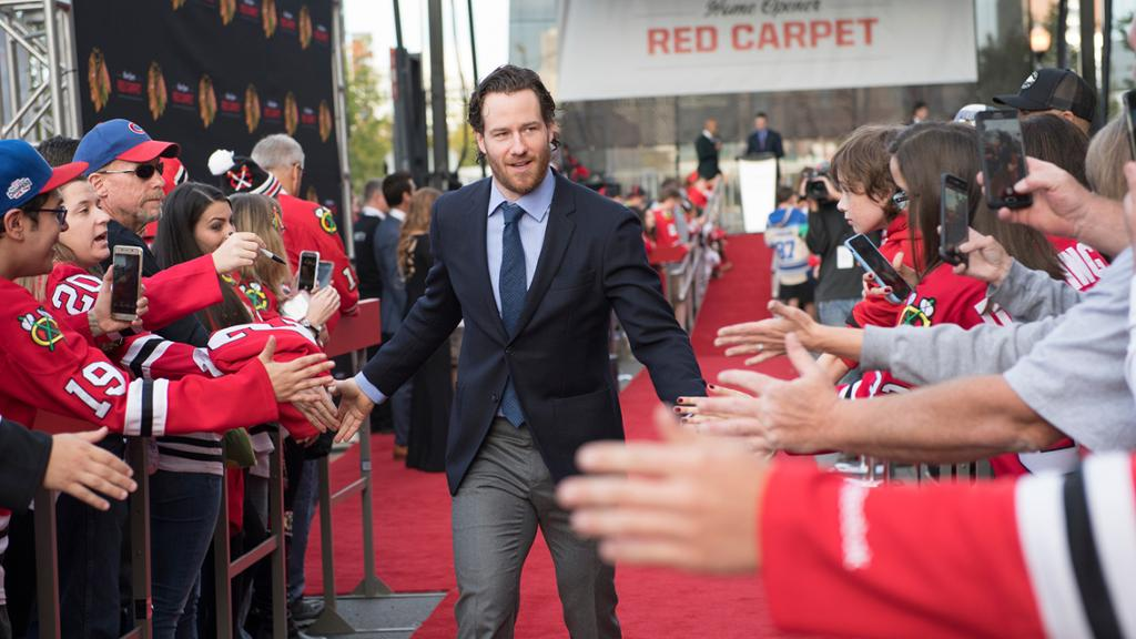 Feature Top 5 Must Dos At The Blackhawks Home Opener