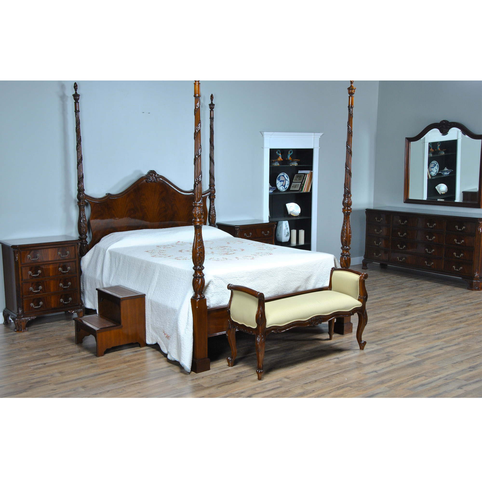 Four Poster Queen Bed Mahogany Queen Size Four Poster Bed Nbr019q
