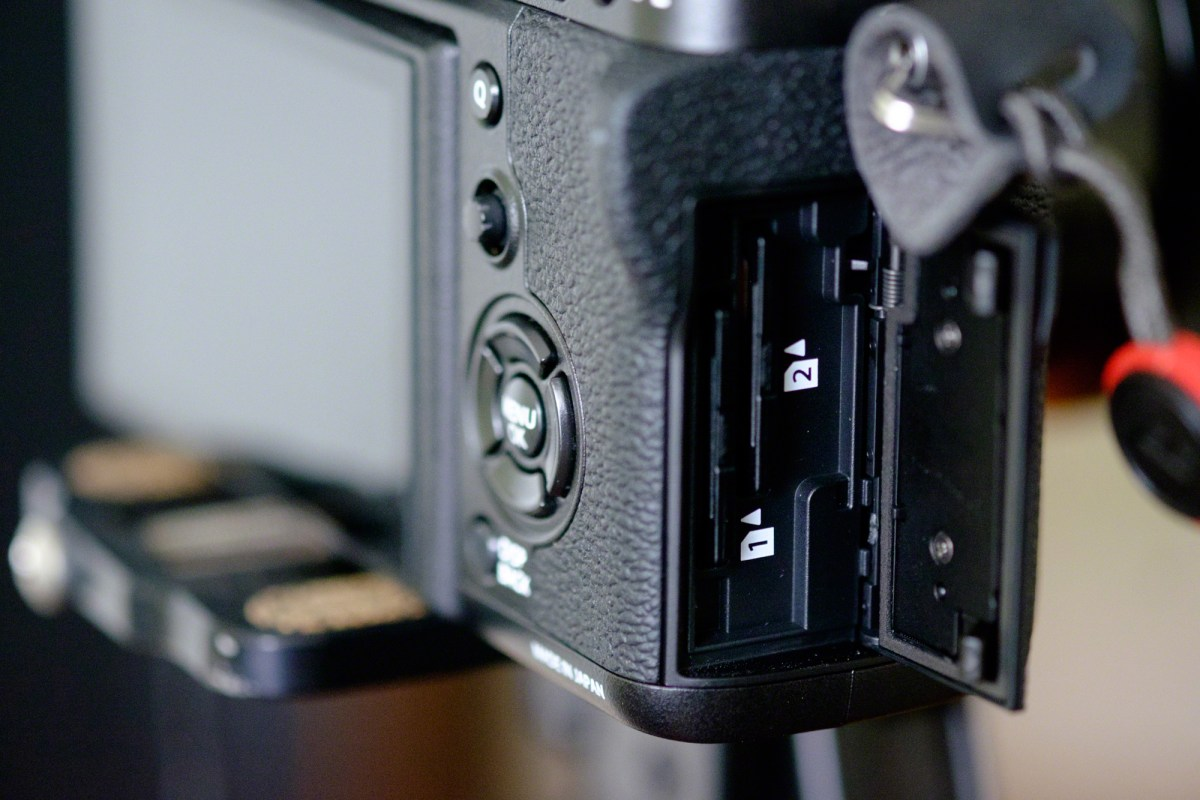Two SD card slots on the Fujifilm X-T2