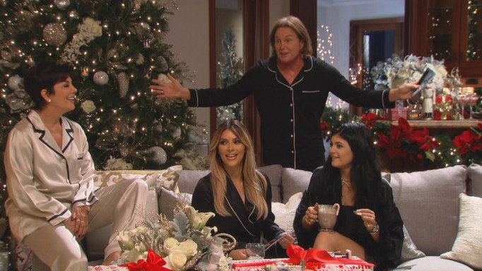Are The Kardashians Going To Have A Christmas Card This Year??