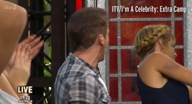 joe-swash-hits-girlfriend-stacey-solomon-in-the-face-live-on-tv-2