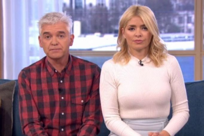 Phillip Schofield And Holly Willoughby Left Scarred After This Morning Set Is Invaded By Mice And Moths
