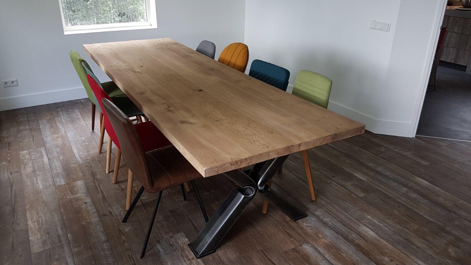 Robuuste Eiken Tafel : Robuuste eiken tafel en stoelen a vendre ememain be