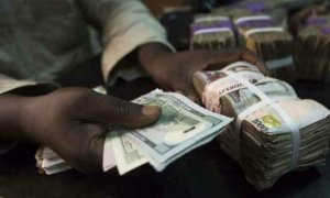 Dollar Drops Below N400/$