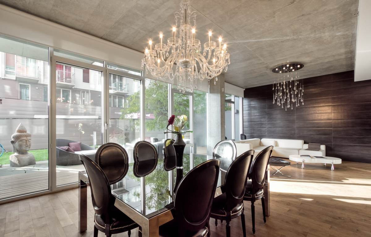 Small Simple Chandelier 20 Gorgeous Dining Rooms With Beautiful Chandeliers