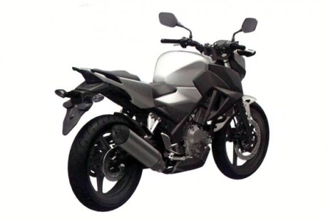 030614-honda-cb300f-design-rear-right-578x389