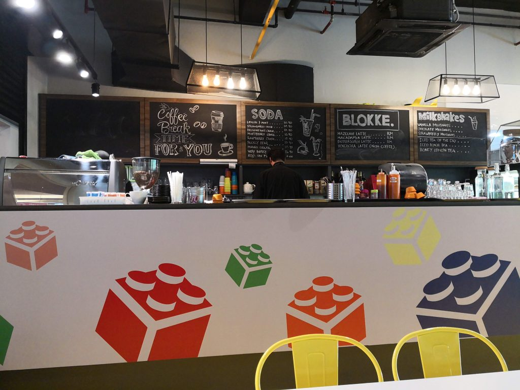 Design Cafe Kecil Kid Friendly Lunch At The Colourful Lego Inspired Blokke Cafe In