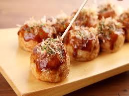大阪の人が「おいしいっ!」っていうタコ焼きが作ってみたいなー。クックパッドつくれぽ1000以上の「たこやき」レシピを検索したところ大阪の人が気に入りそうなレシピ