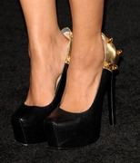 d1bdd Katerina Graham   Underworld Awakening Premiere in L.A. (Jan 19, 2012) x6 Get more nipple slips at Nipple Slips org