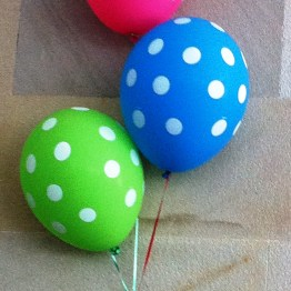 Who doesn't love polka dot balloons?