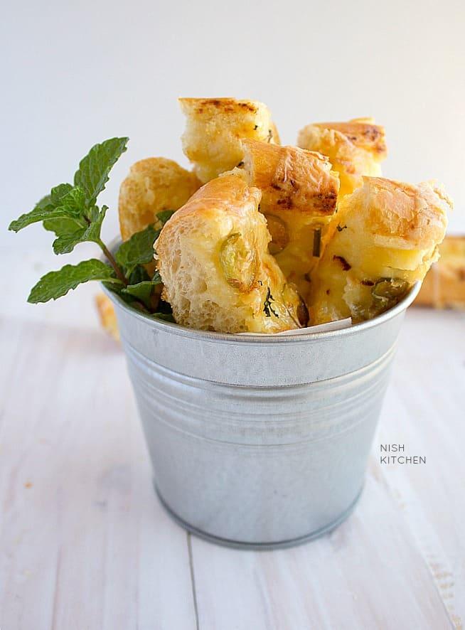 Chilli cheese toast sticks