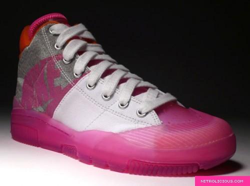 nike-outbreak-clear-pink-2.jpg