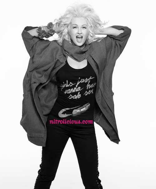 hm-fashion-against-aids-2009-07