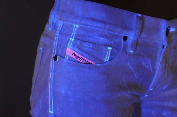 diesel-flash-for-fun-jeans-03