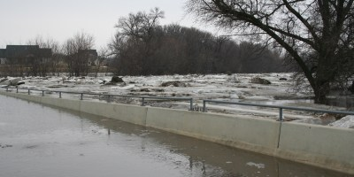 Fargo, ND 12h Avenue N Bridge, underwater at 32.4 feet on March 24th