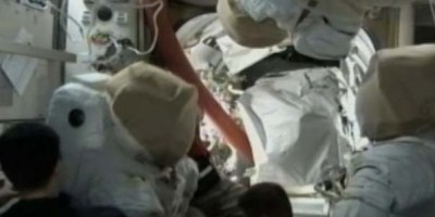 Astronauts prep suits for EVA