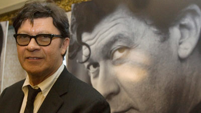 robbie robertson 400 Robbie Robertson inducted into Hall of Fame but did he really write those songs photo