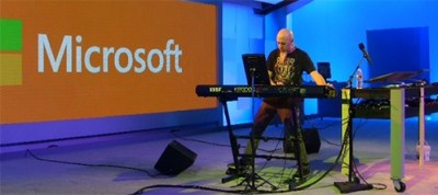 Jason Rudess Jordan Rudess demo Windows 8 synthesizer photo