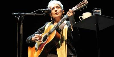 Joan Baez (Facebook)