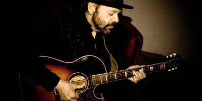 Colin Linden Rich in Love  -   PHOTO CREDIT : LAURA GODWIN