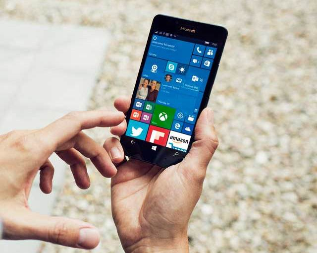 Windows 10 Phone Is Like Waiting For Godot