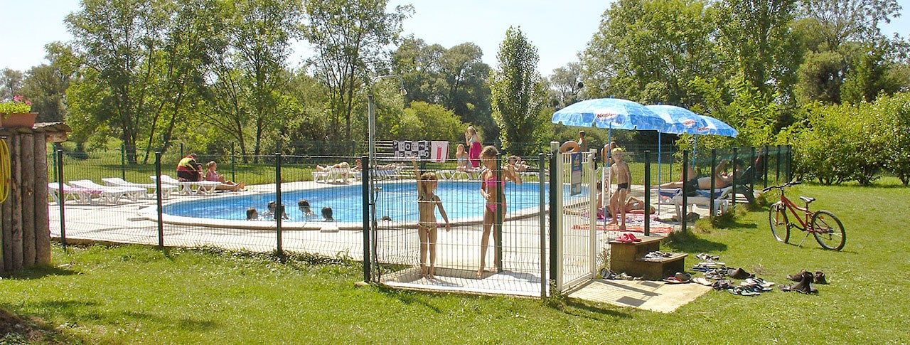 Camping Met Zwembad Franche Comte Camping Les 3 Ours - Montbarrey - Jura (bourgogne-franche