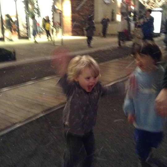 Snow at the Americana - Los Angeles Activities and Events
