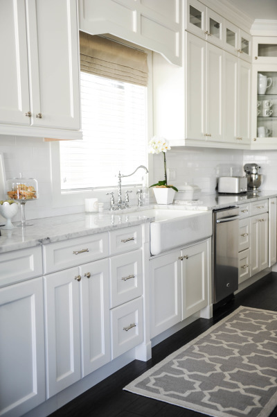 Kitchen Island Storage Cabinets 25+ Dreamy White Kitchens