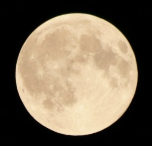 moon-080509