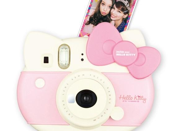 Diviértete como niño y sonríe al instante, con las nuevas #Instax Mini Hello Kitty  y Mini 70 de @FujifilmMX