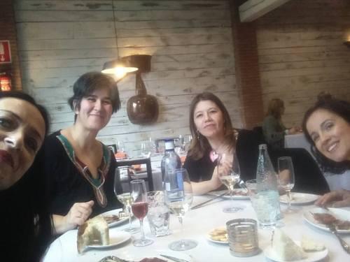 Eloísa, Mercedes, Elena y yo