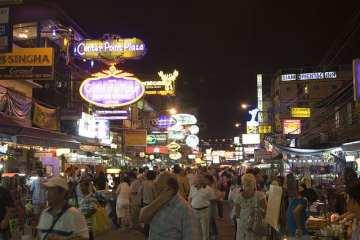 Bangkok_Khoasan Road_Moritz Schmaltz