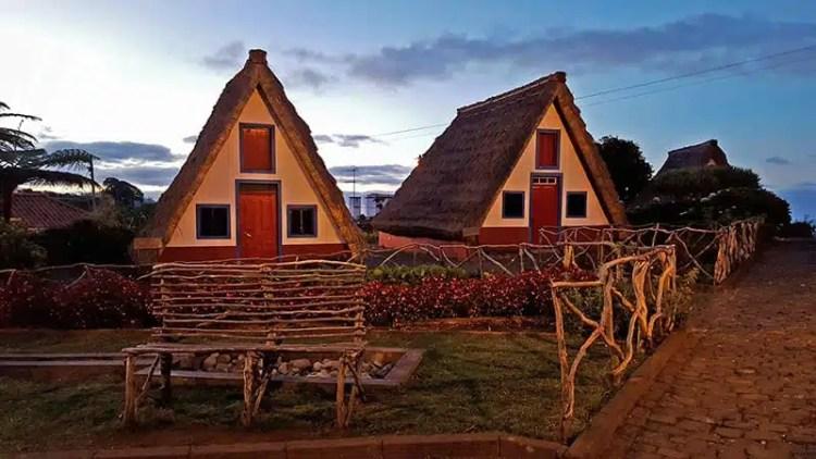 5) Le tipiche case rurali di Santana