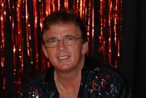 Morning Melodies with Terry Scott @ South Bar