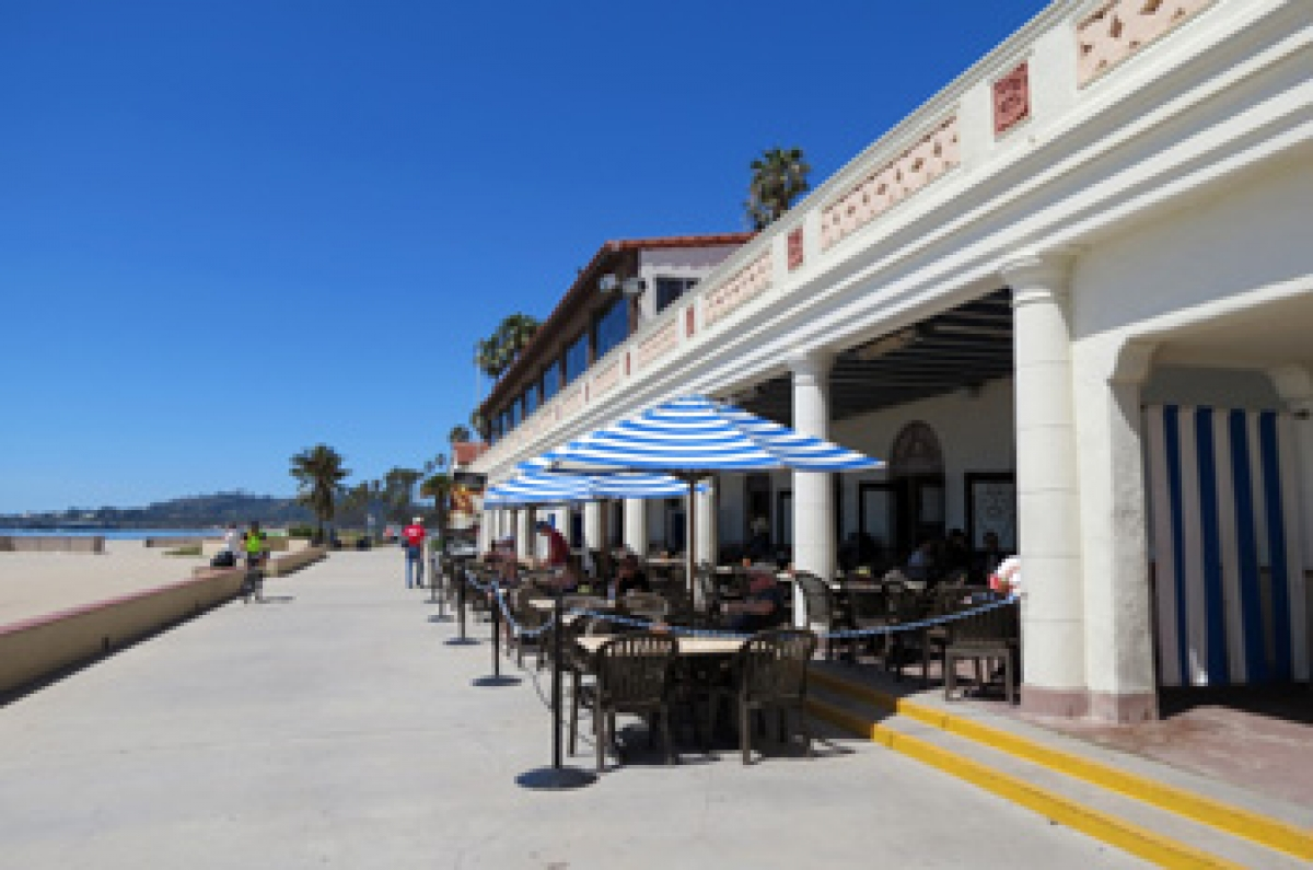 Cabrio Pavillon Popular East Beach Grill Gets Chance At New Lease For Santa