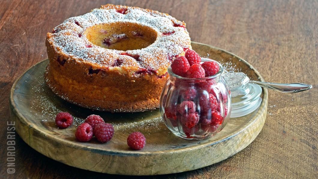 03_banana_raspberry_cake