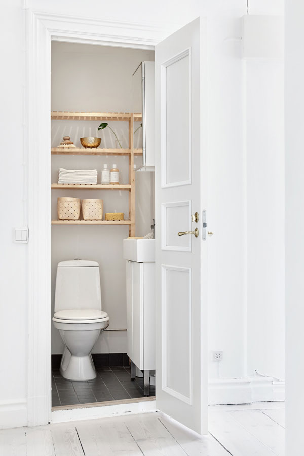 Toilet Kastje Bright And Sweet Scandinavian Interior - Nordic Design