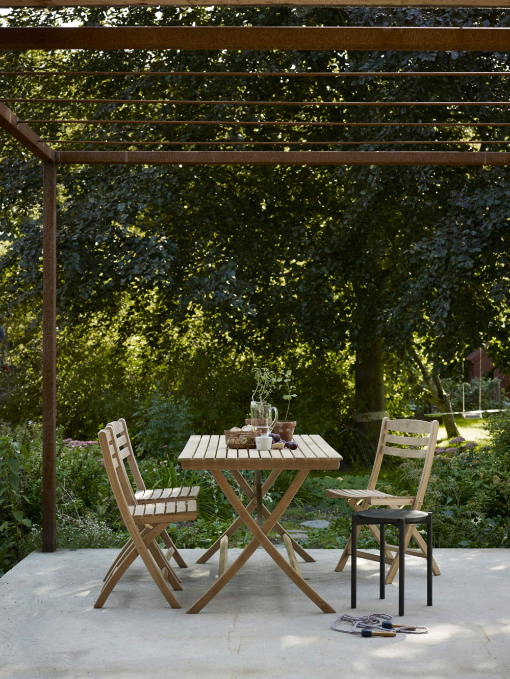 How To Care For Outdoor And Garden Teak Furniture Nordic Design