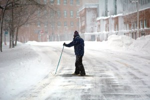 Cross Country Skiing on Commercial St. (Photo by Matt Conti)