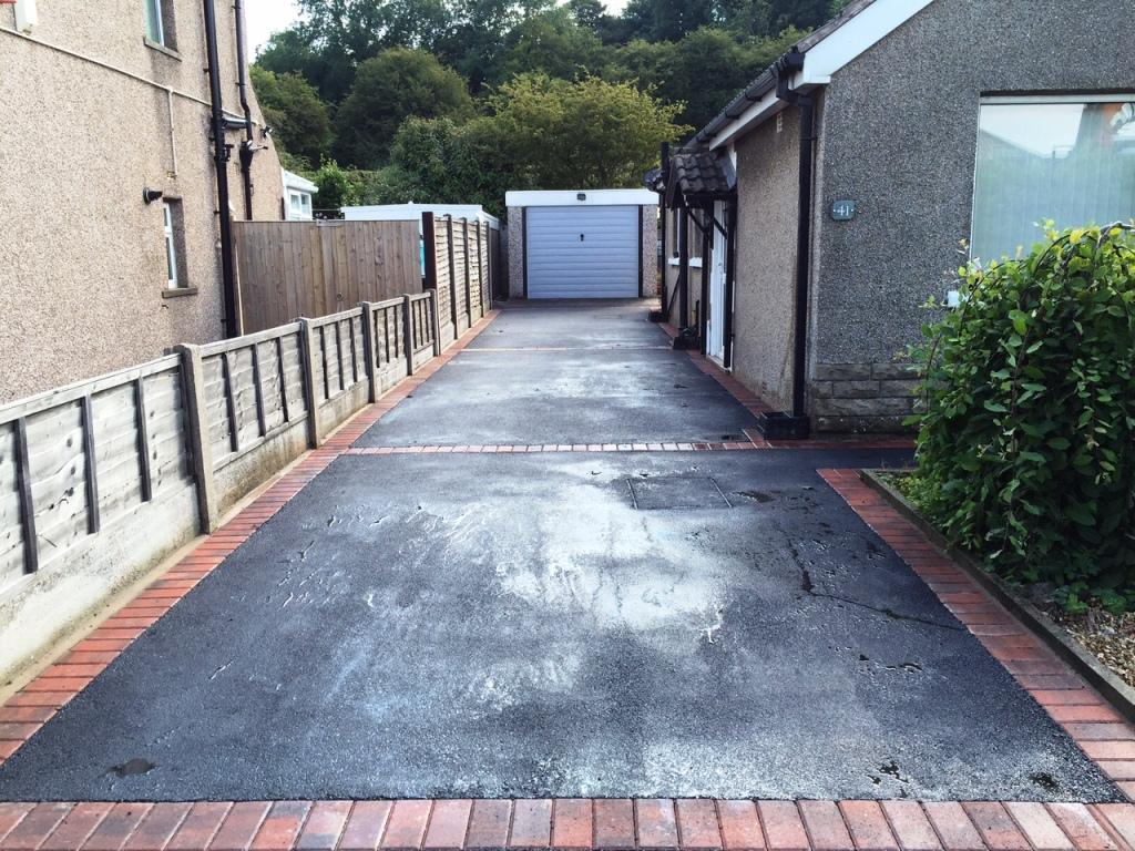 Contemporary Driveway Forton Modern Resin Driveway Northern Driveways