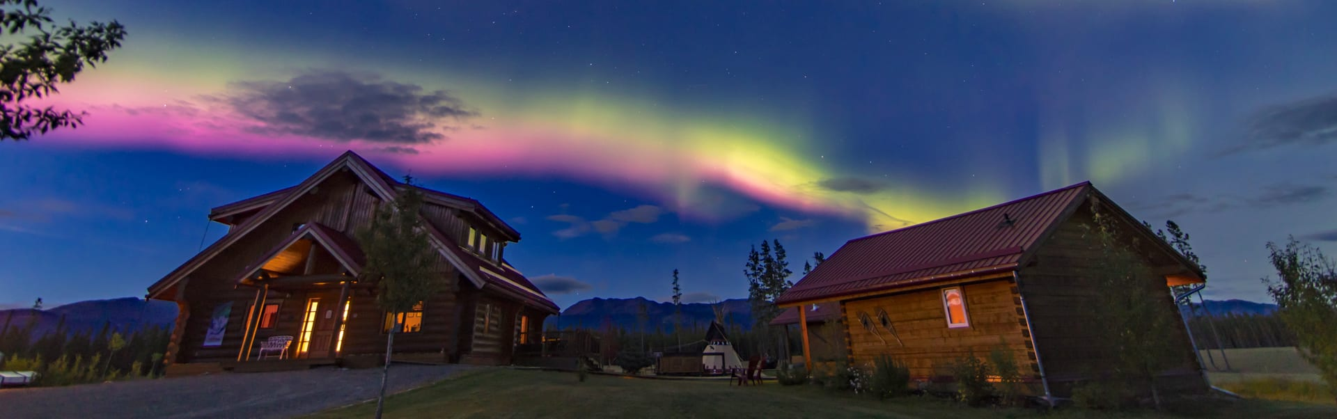 Affordable Lighting Canada Aurora Viewing Packages Northern Lights Resort Spa