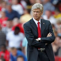 wenger_arms_folded