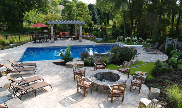 Design The Backyard Pool Of Your Dreams Northwest Quarterly