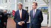 United States's Secretary of State John Kerry, and foreign minister Børge Brende from Norway.
